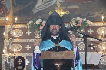 Սպահանի հայոց թեմի եկեղեցիներում ընթերցւեց Ն.Ս.Օ.Տ.Տ. Արամ Ա. Վեհափառ Հայրապետի հռչակագիրը՝ 2021 թւականը «Արցախի տարի» հռչակելու կապակցութեամբ