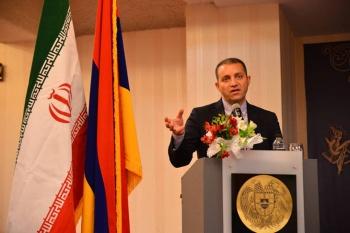 Իրանում գտնւող ՀՀ էկոնոմիկայի նախարարը մասնակցեց ՀՀ դեսպանութեան եւ Իրան-Հայաստան առեւտրի պալատի կողմից կազմակերպւած գործարար համաժողովին